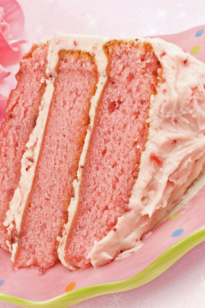 strawberry cake with cream cheese frosting strawberry cake with cheese frosting kitchme 7739