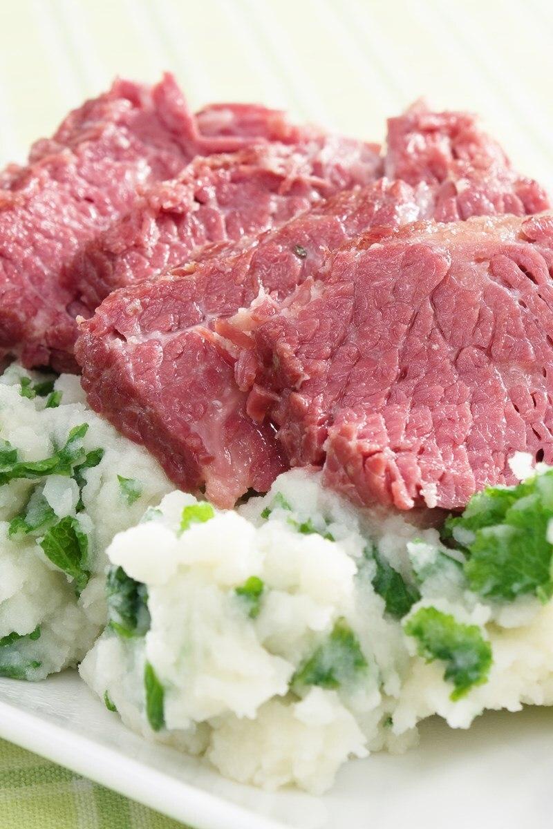 Tender Braised Corned Beef Brisket | KitchMe