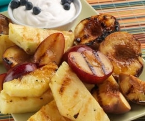 Grill fresh fruits tb