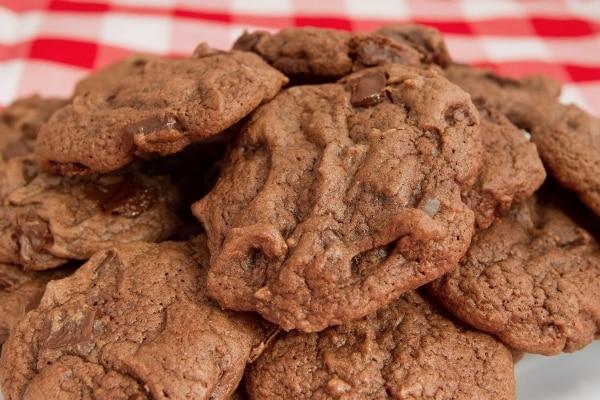 7 Budget Christmas Cookie Recipes: No-Roll Sugar Cookies | thegoodstuff