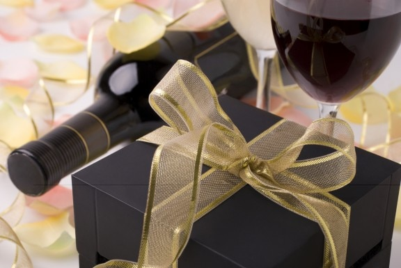 The dos and don ts of regifting thegoodstuff for Best wine for housewarming gift