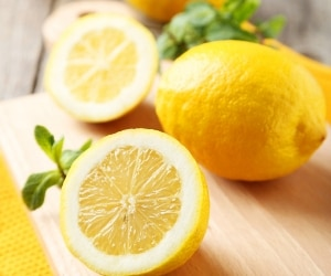 how-to-clean-with-lemon_feat