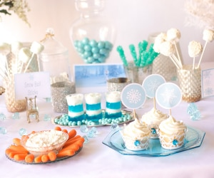DIY Frozen Birthday Party Ideas (Bonus Print Templates!)