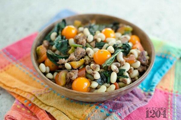 Black-Eyed-Peas-with-Sausage-Greens-2.1
