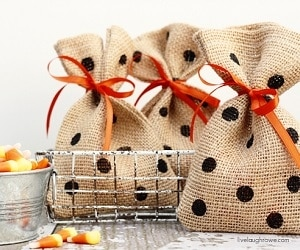 10 DIY Halloween Treat Bags