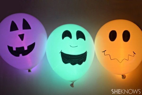 Glow Sticks in Balloons For Halloween Glow Stick Balloons