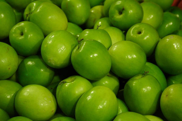 Granny_Smith_Apples_002