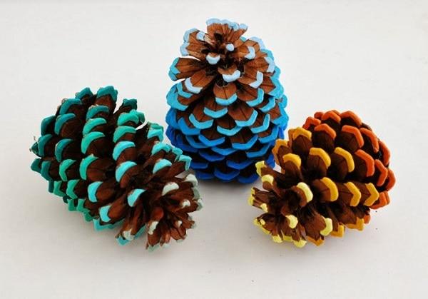 Ombre Pinecones