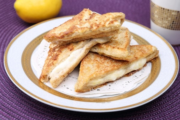 grilled-apple-and-swiss-cheese-sandwich_10491