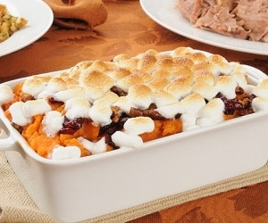 11 Make-Ahead Thanksgiving Dishes featured image