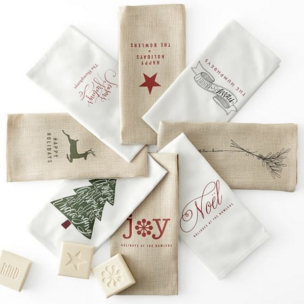 Holiday Linen Guest Towels