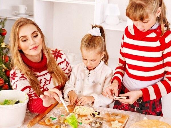 Make Christmas Cookies Together