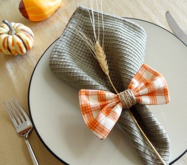 Plaid Napkin Bows