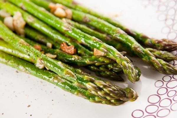 sauteed-garlic-asparagus_6205