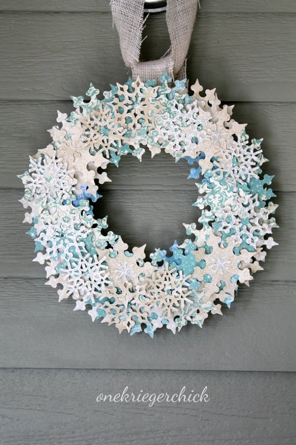 8 Snowflake Wreath