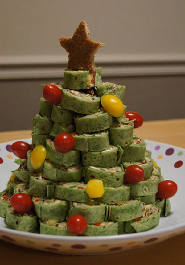 Christmas Tree Roll-Up Sandwiches