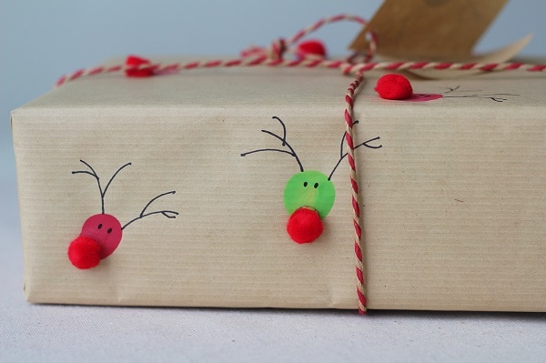 Fingerprint Reindeer Wrapping