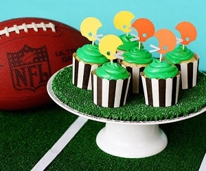 Best Super Bowl Party DIYs