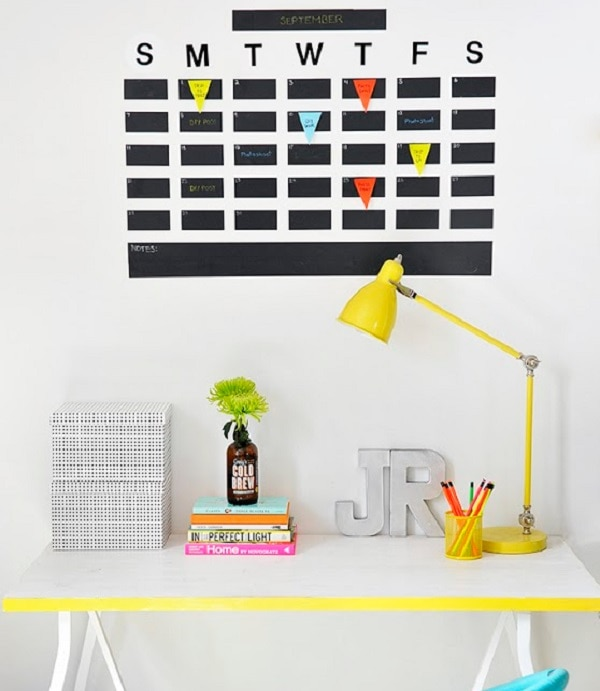 Diy Wall Calendar Organizer : Diy planners and calendars for new year s organizing
