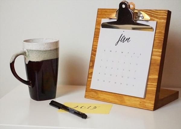Clipboard Desk Calendar