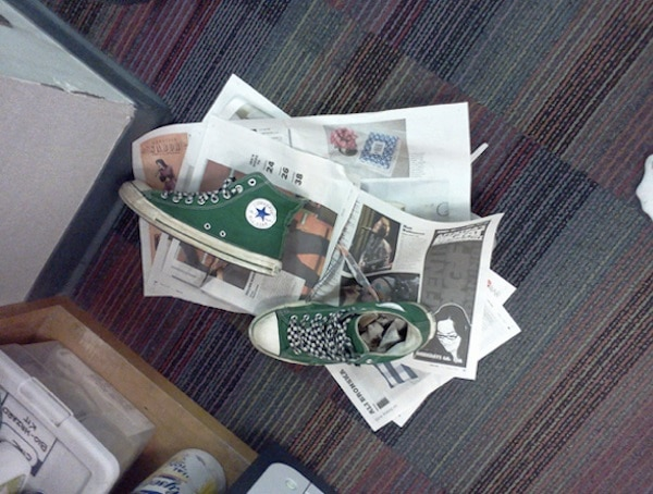 Dry Wet Shoes with Newspaper