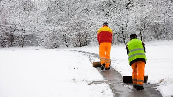 Make Your Own Sidewalk De-Icers
