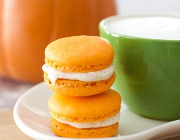 Pumpkin Spice Latte Macaron