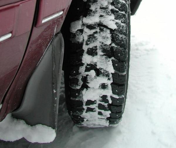 Sprinkle Kitty Litter on Tires