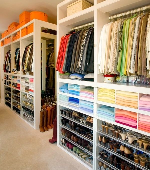 How To Arrange A Bedroom Closet | Thegoodstuff