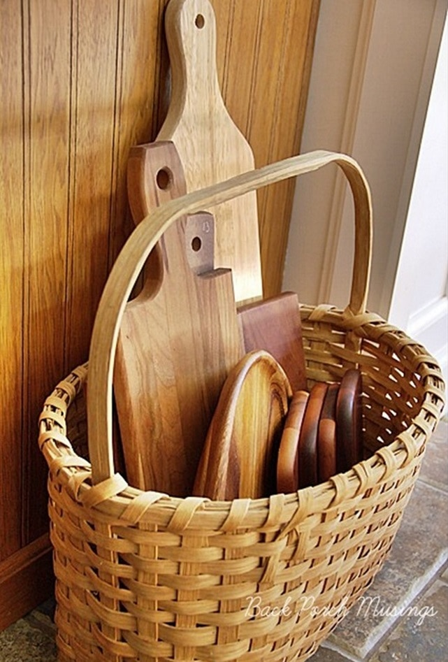 Cutting Board Basket