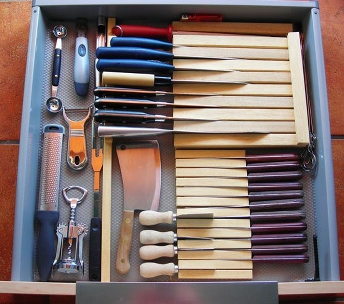 Knives Drawer