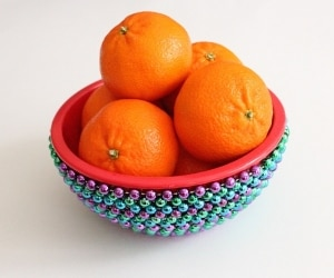 mardi gras bead bowl featured