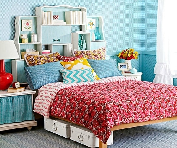 Home hacks 19 tips to organize your bedroom thegoodstuff for Bedroom organization