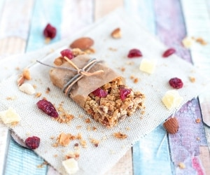 Homemade Granola Bars for On-the-Go Snacking