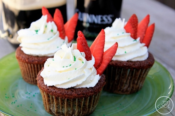 Guinness-Filled Sponge Cakes