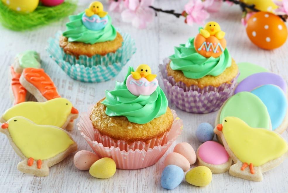 create Easter dessert
