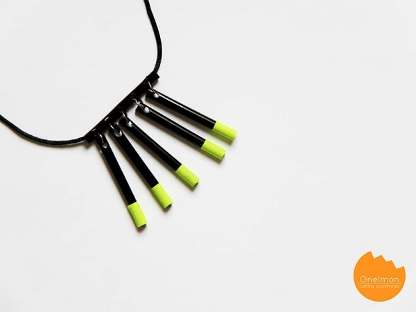 13. drinking straw necklace