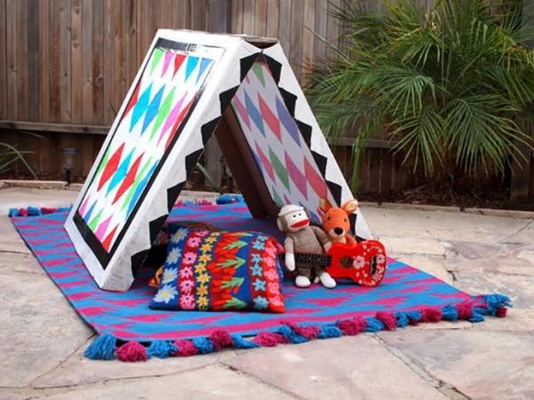 6. moving box tent