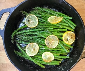 Roasted Asparagus Beauty-featured
