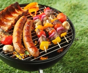 12 Ways to Barbecue on a Budget