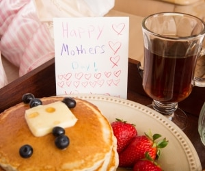 moms-guide-mothers-day