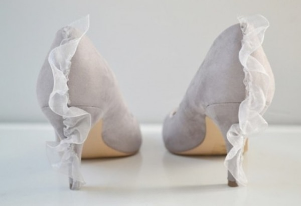 fe12dc83e4bc62 20 DIY Wedding Shoes for Every Bridal Style | thegoodstuff