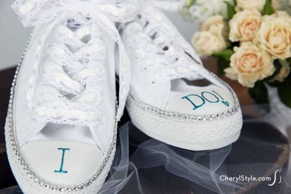 20 DIY Wedding Shoes for Every Bridal Style: Wedding Sneakers | thegoodstuff