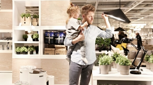 8 tips for shopping at ikea thegoodstuff for What time does ikea close
