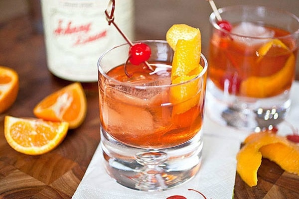 6 Old Hollywood Cocktails for Your Oscars Viewing Party
