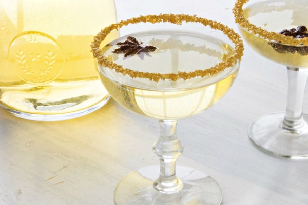 Golden Oscar Party Punch (Exclusive Recipe)