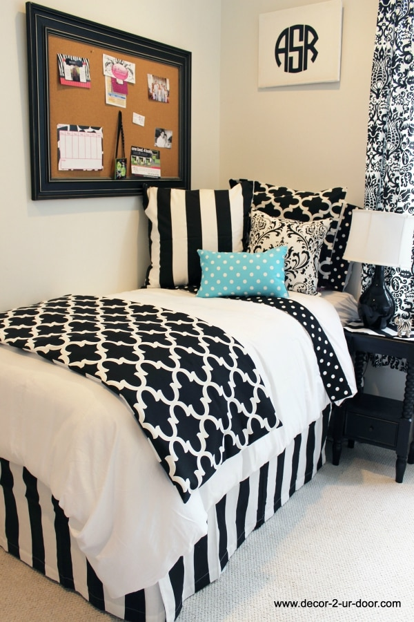 Hide Your Clutter With A Fabric D  Creative Cozy College Dorm Room Storage Ideas Thegoodstuff