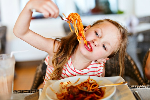 100 restaurants where kids eat free or almost free - Kids Images Free
