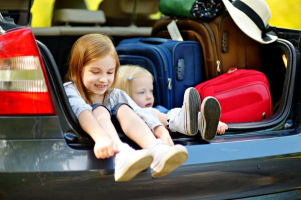 5 Road Trip Games to Keep Kids Entertained