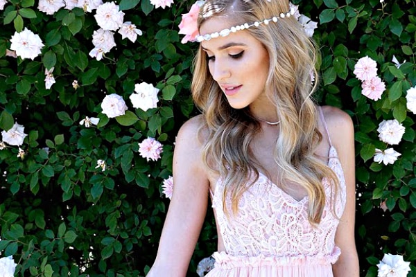 12 Whimsical DIY Wedding Hair Accessories